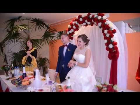 Лучшее поздравление от сестры брату на свадьбе!! Трогательно до слез... - Лучшие приколы. Самое прикольное смешное видео!