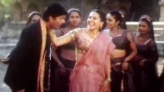 Family Circus Songs - Nannu Kottakuro - Jagapathi Babu, Roja