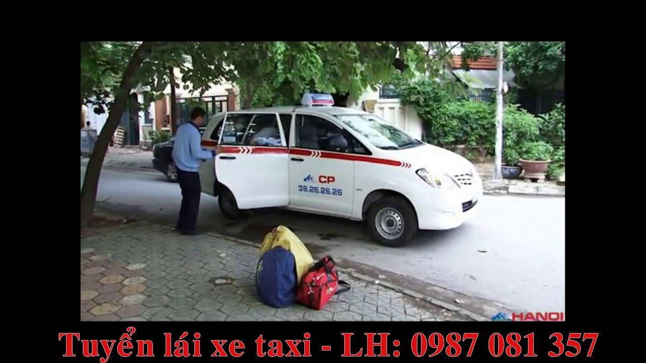 Lái xe Taxi Group chu đáo với khách hàng (Đúng)