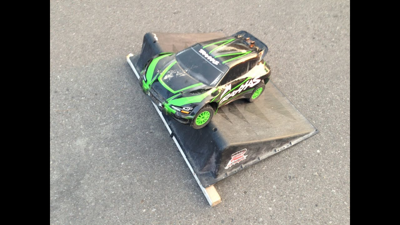 Dusted off the Traxxas Rally 1/10 I think I woke it up!!!LOL