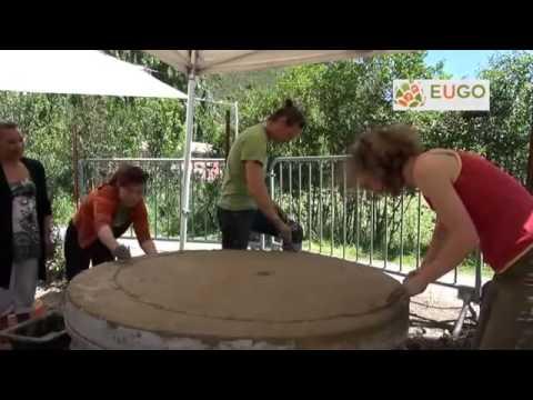 Tutoriel construction d 39 un four a pain en terre crue en for Four a pain construction