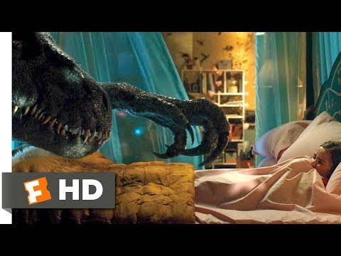 Jurassic World: Fallen Kingdom (2018) - Indoraptor vs Blue Scene (8/10) | Movieclips