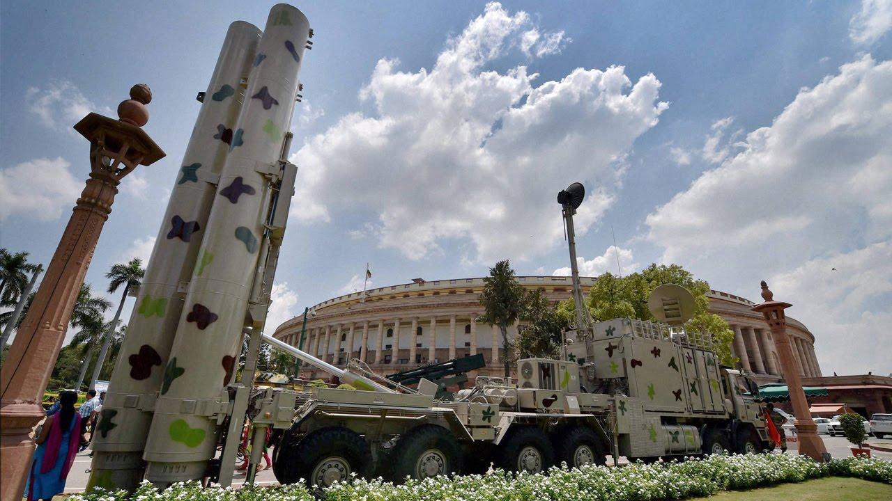 Aumento na tensão: Índia anunciou que vai posicionar ao longo da fronteira com a China mísseis BrahMos