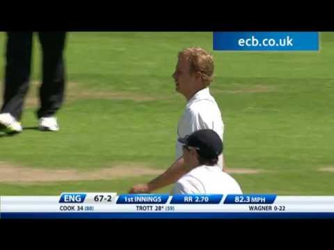 Highlights England v New Zealand - Day 2 Morning Session at