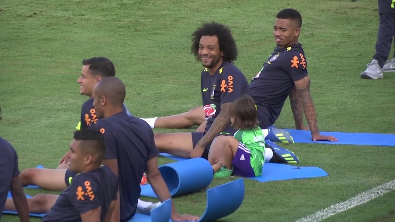 706f9a373b3 FIFA World Cup 2018: Marcelo brings son to Brazil practice - YouTube