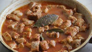 Свинина тушеная с томатом [Рецепты Cookbook]