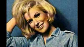 Dusty Springfield ~ In Private (Razormaid Remix Slideshow of Dusty)