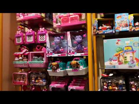 Final Days of the Disney Store Uxbridge