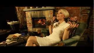 "Adry ""Let It Snow"" (feat. Alicja Janosz, Yanaz) (OFFICIAL VIDEO)"