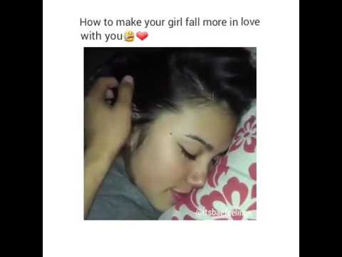 Very young girl suck