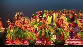 学校のダンスフェスティバル - 島の少女たち
