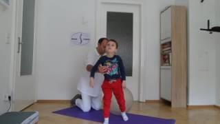 Как быстро укрепить мышцы спины у детей на фитболе. Юрий Гершенгорн.Баден Баден.Германия.09.2017
