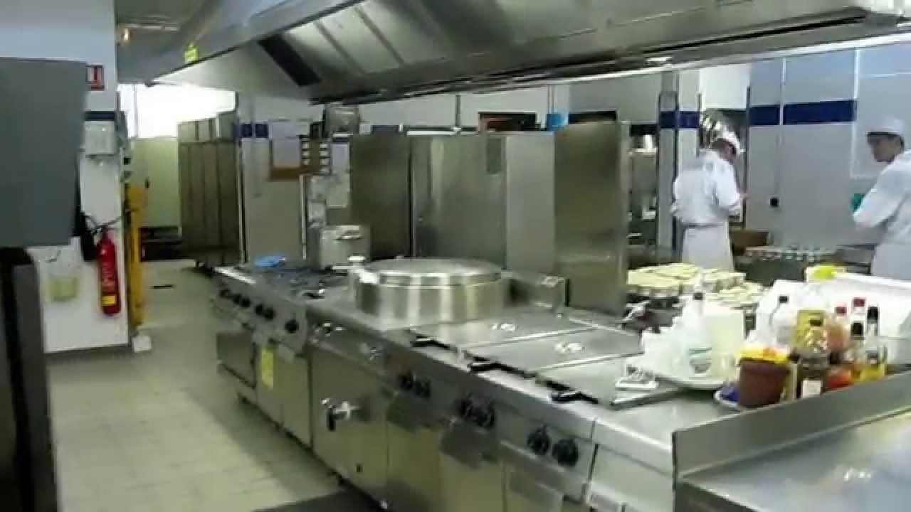 Cours De Cuisine La Marche En Avant Youtube