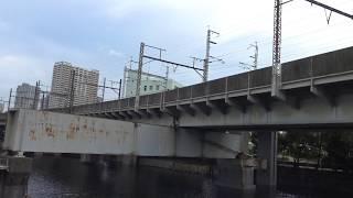 休止線状態で架線が剥がされているJR羽田空港アクセス線候補の東海道貨物線の高架線