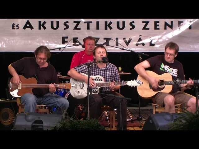 Tarna Acoustic Project - Mrs Robinson (cover)