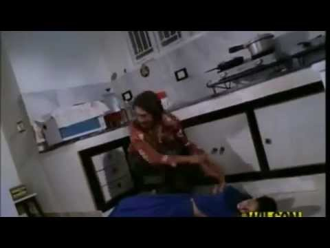 Arrested Development — Lindsay Unwittingly Seduces Her NephewKaynak: YouTube · Süre: 1 dakika8 saniye