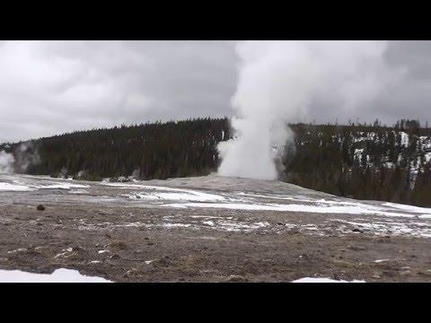 YELLOWSTONE - OLD FAITHFUL geyser (United States)