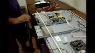 Como reparar TV LCD com tela apagada e testar a placa do INVERTER.