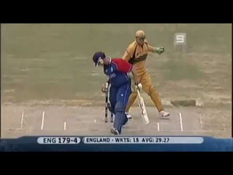 """Brad Hogg to Andrew Flintoff """"Trapped"""""""