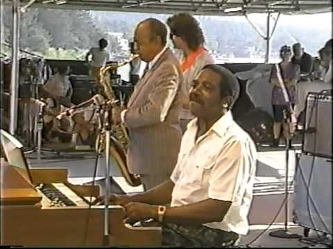 Jimmy Smith Trio +1 / Organ Grinder's Swing (1988)