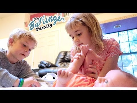 Kids Change Their Baby Brother's Diaper!