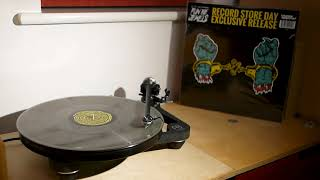 Run The Jewels - Love Again (Akinyele Back) (Mass Appeal MSAP0015LP B1) RSD 2015