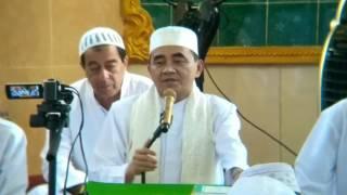 Video KH. Muhammad Bakhiet - Meraih Ketaqwaan download MP3, 3GP, MP4, WEBM, AVI, FLV Juli 2018