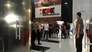 Video Ditahan KPK, Ini Pernyataan Setya Novanto download MP3, 3GP, MP4, WEBM, AVI, FLV Desember 2017