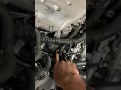 Infiniti VQ35DE PCV Valve replacement EASY DIY!! Help oil consumption and leaks!!