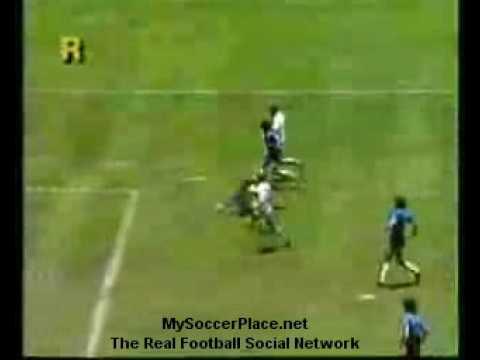 Armando Diego Maradona: Argentina vs England ( Mexico 1986 )