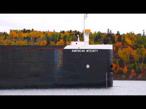 American Integrity - Impressive Docking in Two Harbors
