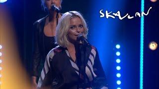 """""""Som du bäddar"""" - Petra Marklund  - Live on Skavlan"""