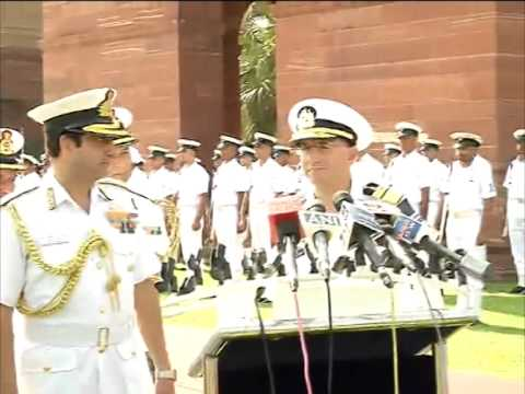 Indian navy accords guard of honour to Israel's navy chief