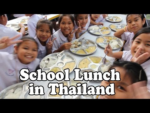 School Lunch in Thailand. A Quick Look at Lunchtime at a Thai School. Teaching in Thailand