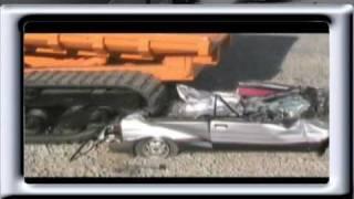Morooka VS Subaru crash  accident  Dump truck rollover  car