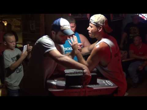 Arm Wrestling Gus's Outback Bar and Grill - 06-17-17