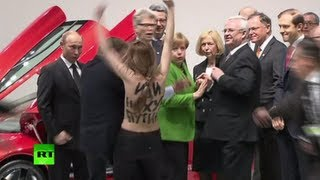 Video: Femen attacks Putin in Hannover