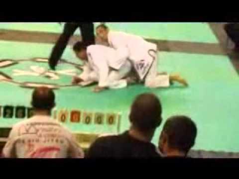 Fabricio Araujo AZO jj final do Brasileiro x-combat cat pesado
