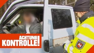 Mann fällt bei Polizeikontrolle auf! Sind Alkohol oder Drogen im Spiel? | Achtung Kontrolle