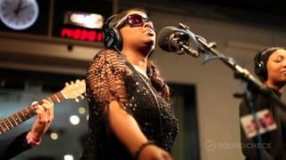 """Lady: """"Money,"""" Live on Soundcheck"""