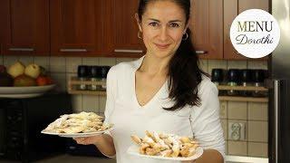 Przepis na faworki domowe znane jako chrust lub jaworki. Dwa sposoby przygotowania.. MENU Dorotki.