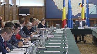 Tudose, către ministrul Cuc: La două săptămâni, expropriem câte două coteţe pe Bucureşti-Ploieşti?