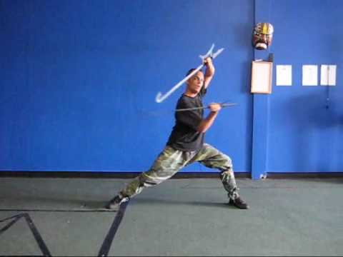 Wushu Kung Fu Tiger Head Double Hooks Martial Arts Double Hooks