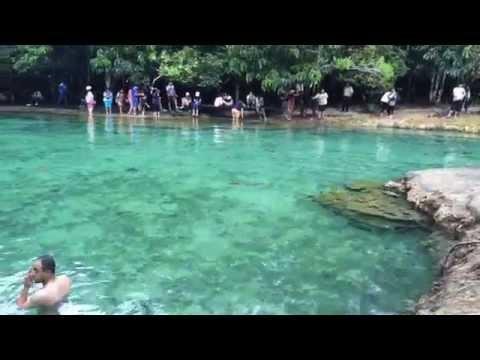 เล่นน้ำสระมรกต ที่เที่ยวสวยอันซีนเมืองกระบี่ : Emerald pool Krabi Thailand
