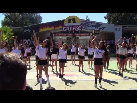 2017-2018 Homecoming Performance: Sophomores
