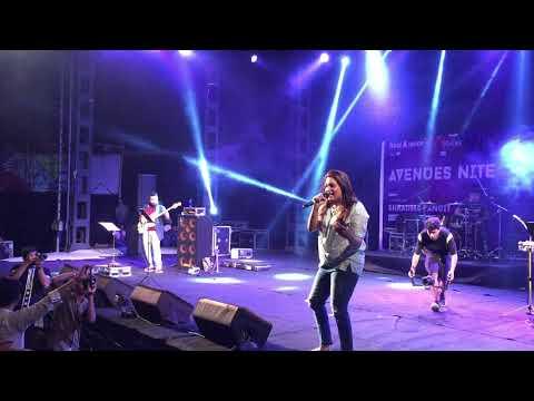 shradha pandit live performance at iit bombay