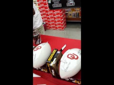 OU...JASON WHITE.....BILLY SIMMS....AND STEVE OWENS AUTO SIGNING 2013.... (HEISMAN WINNERS)