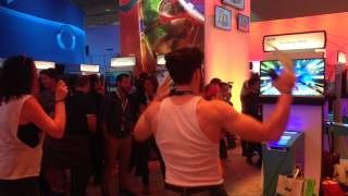 Wolverine plays Just Dance 2015 at E3 2014 【RocketNews24】