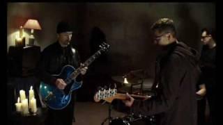 U2 - The Ground Beneath Her Feet (feat. Salman Rushdie)