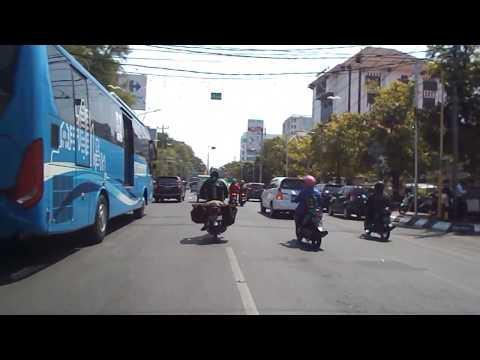 Travel Trip to Jln Pemuda, Kota Semarang City. Perjalanan blusukan siang tour motor. Travel vlog.